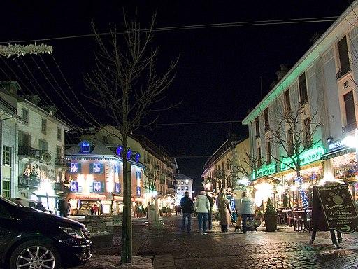 Chamonix street 003