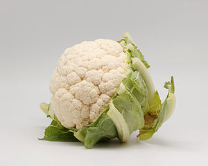 Anthoxanthin - White cauliflower has anthoxanthin pigments