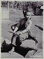 Collectie NMvWereldculturen, RV-A20-193, foto, 'Een vrouw uit Yogyakarta', fotograaf Ohannes Kurkdjian, 1885-1920.jpg