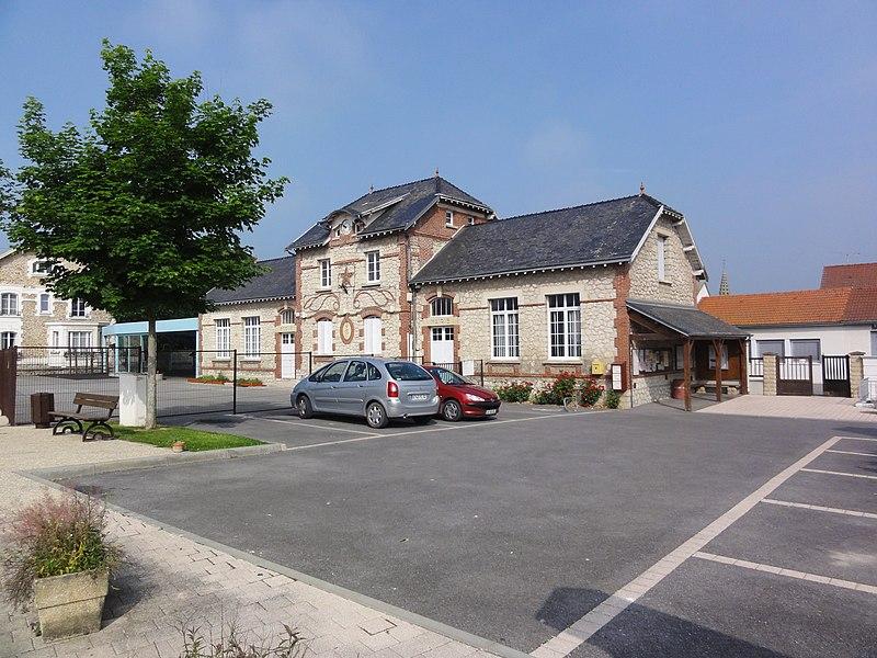 Condé-sur-Suippe (Aisne) Mairie-école