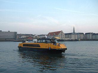 Copenhagen Harbour Buses - Image: Copenhagen water taxi