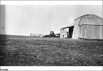 Cordillo Downs - The woolshed and store at Cordillo Downs ca. 1926