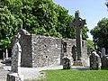 Croix celtique et chapelle.jpg