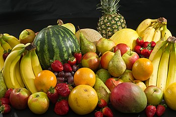 Common culinary fruits.