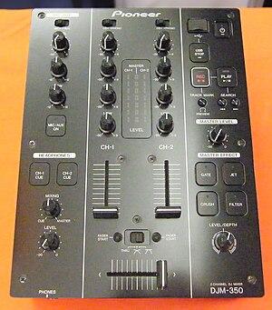 DJ mix - Pioneer DJM 350 mixer