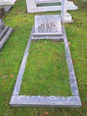 Dadiba Merwanji Dalal - Grave of Dadiba Merwanji Dalal in Brookwood Cemetery