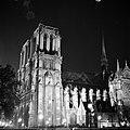 De Notre Dame verlicht, Bestanddeelnr 254-2070.jpg