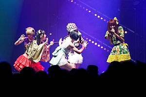 Dempagumi.inc - Japan Expo 2013 - 057.jpg