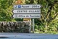 Directional road sign in Belcastel.jpg