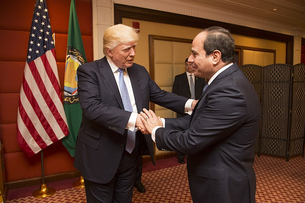 Donald Trump greets the President of Egypt, Abdel Fattah Al Sisi, May 2017