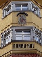 Donauhof Innsbruck Eckerker.jpg