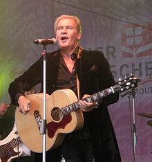 Donauinselfest 20090628 Johnny Logan 025.jpg