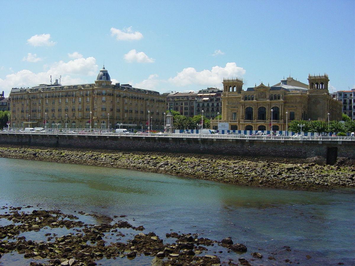 Hotel  Etoiles Castellet