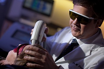 Dr. Braun at the Vancouver Laser & Skin Ca...