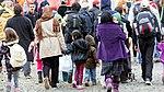 Drehscheibe Köln-Bonn Airport - Ankunft Flüchtlinge 5. Oktober 2015-0308.jpg