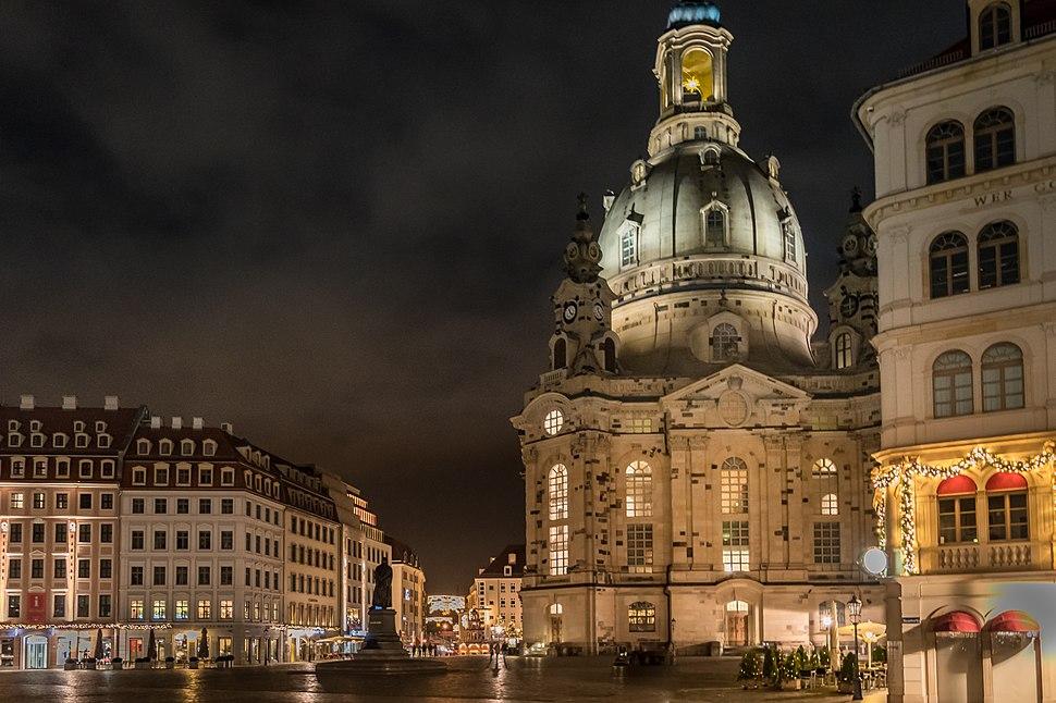 Dresden Frauenkirche Nacht.jpg