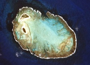 Rocas-Atoll, fotografiert aus der Internationalen Raumstation (Expedition 22)