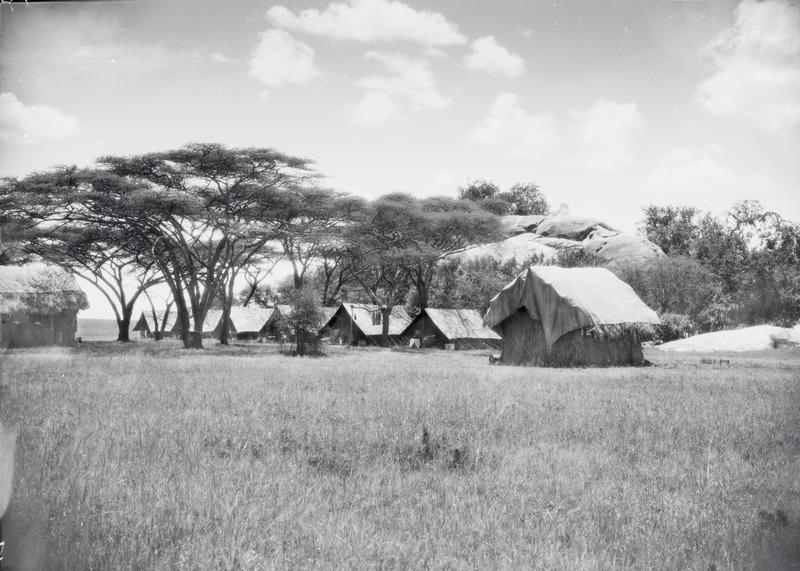 File:ETH-BIB-Das Serengeti-Camp-Kilimanjaroflug 1929-30-LBS MH02-07-0047.tif