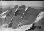 ETH-BIB-Piz Palü Westwand v. N. aus 4000 m-Inlandflüge-LBS MH01-007844.tif