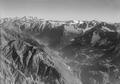 ETH-BIB-Val Bregaglia, Blick nach Osten auf Bernina-LBS H1-018034.tif