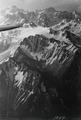ETH-BIB-Val d`Arpettaz avec Pointe d`Orny, Plateau de Trient et Mont Blanc v. N. O. aus 4500 m-Inlandflüge-LBS MH01-001099.tif