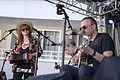 Eddi Reader with Boo Hewerdine (26223957294).jpg