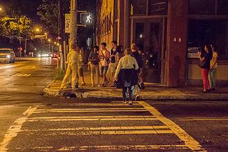 Edgewood Avenue - Edgewood Avenue near Boulevard at night