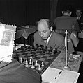 Eerste ronde landentoernooiwereldkampioenschap Schaken. Aan bord Bronstein, Bestanddeelnr 907-6622.jpg