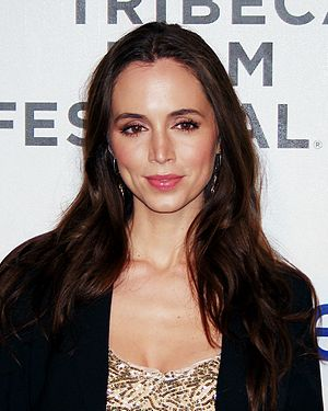 Tru Calling - Eliza Dushku played the role of Tru Davies.
