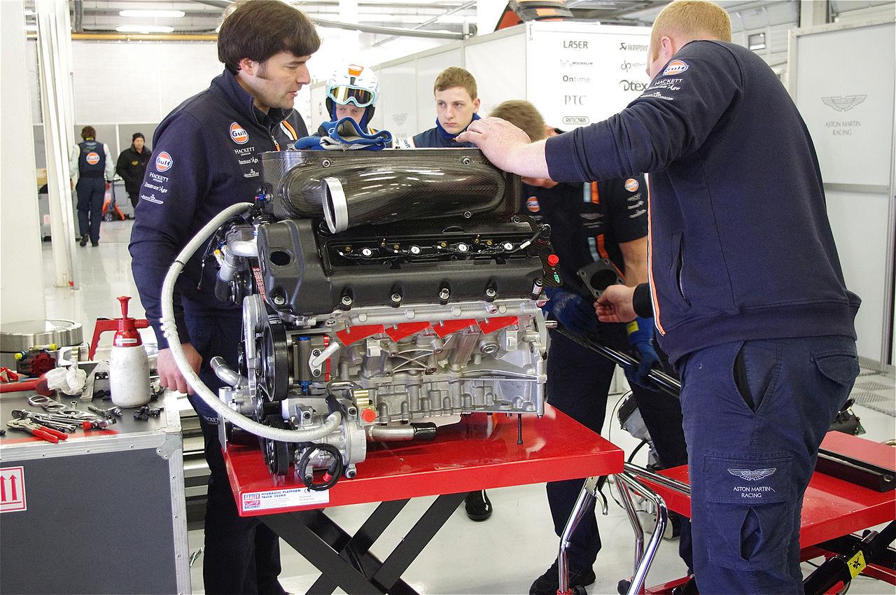 File Engine Of Aston Martin Racing S Aston Martin Vantage V8 8668725982 Jpg Wikimedia Commons