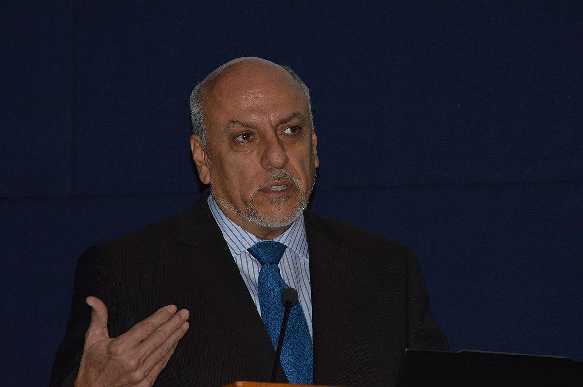 Enrique Cabrero Mendoza - Wikipedia, la enciclopedia libre
