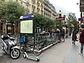 Entrée Station Métro Goncourt Paris 1.jpg