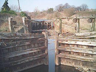 Runcorn and Weston Canal