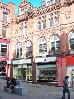 Ernest Jones (retailer) - A branch of Ernest Jones in Leeds