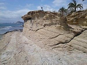Erosión marina en las calas.jpg