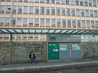 Zona Universitària station - Image: Estació de Zona Universitària del Trambaix