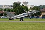 Eurofighter typhoon landing eyquem.jpg