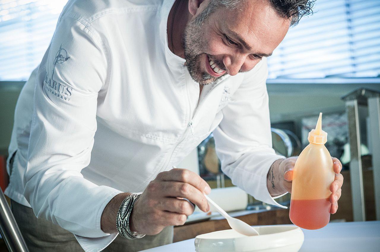 FileExecutive Chef Roland Trettljpeg FileExecutive Chef Roland
