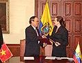 FIRMA DE ACUERDOS ECUADOR REPUBLICA SOCIALISTA DE VIETNAM. 20.08.07 MRECI (1186547615).jpg