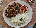 Feijão tropeiro vegano, polenta, e arroz.jpg