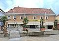 Feldkirchen Schillerplatz 1 Wohnhaus 13062011 977.jpg