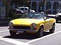 Fiat 124 Spider (41322308680).jpg