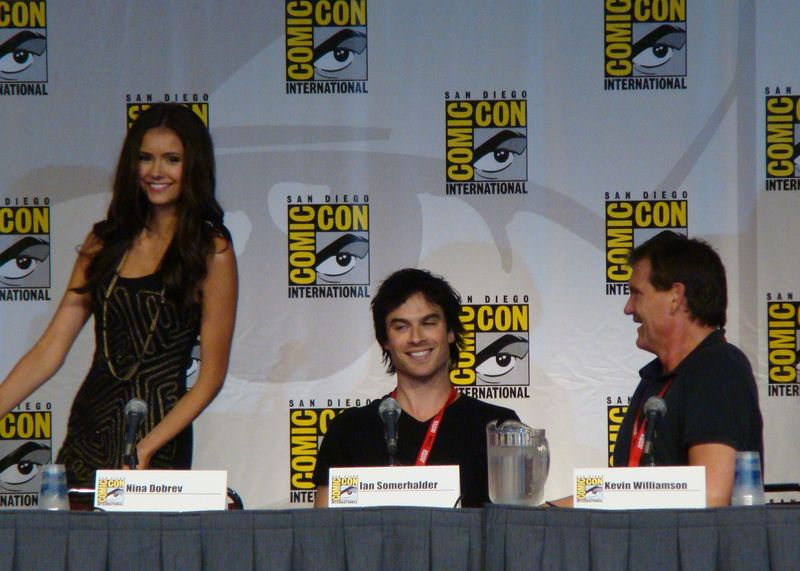 File:Flickr - vagueonthehow - Nina Dobrev, Ian Somerhalder ^ Kevin Williamson.jpg