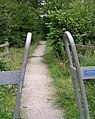 Footpath - Naburn Approach, Whinmoor - geograph.org.uk - 894864.jpg