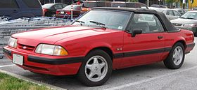Ford Mustang convertible.jpg