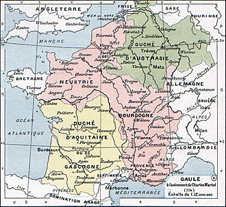 Charles Martel - The Frankish kingdoms at the time of the death of Pepin of Heristal. Aquitaine (yellow) was outside Arnulfing authority and Neustria and Burgundy (pink) were united in opposition to further Arnulfing dominance of the highest offices. Only Austrasia (green) supported an Arnulfing mayor, first Theudoald then Charles. The German duchies to the east of the Rhine were de facto outside of Frankish suzerainty at this time.