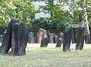 Frankfurt, Jüdischer Friedhof Sophienstraße, Grabsteine.JPG