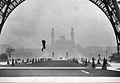 Franz Reichelt fatal parachute jump, 1912.jpg