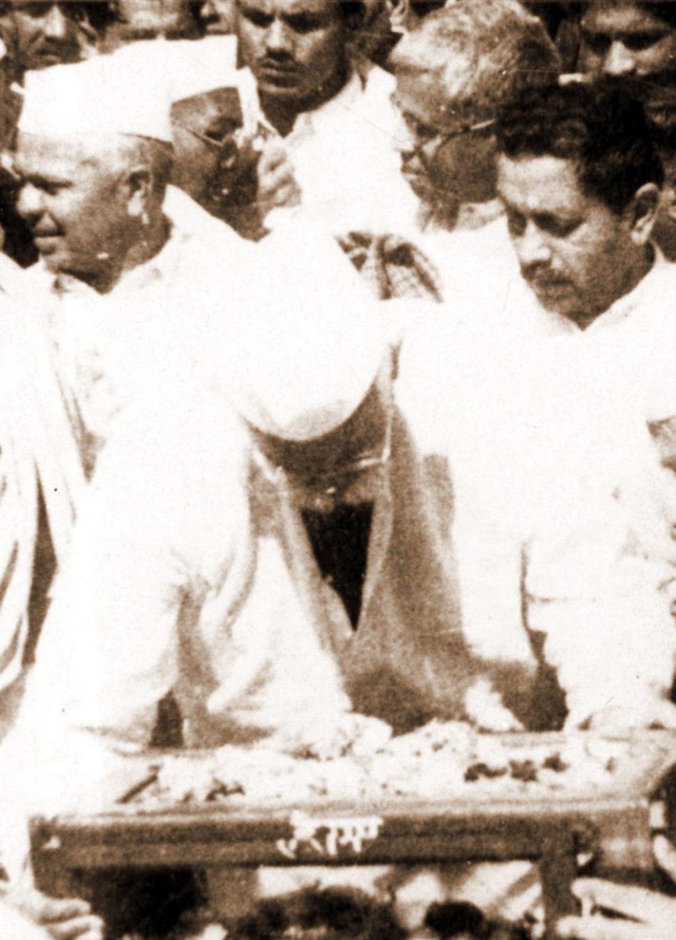 Gandhijis Ashes In Jabalpur