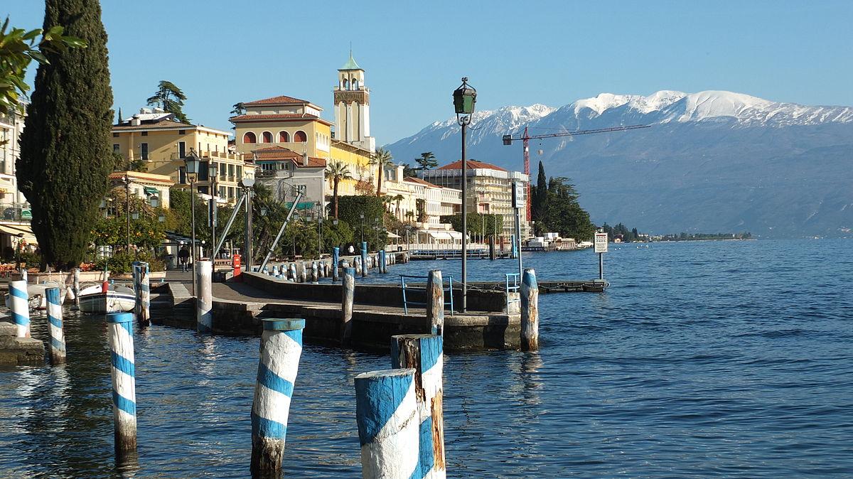 Gardone Riviera Wikivoyage Guida Turistica Di Viaggio